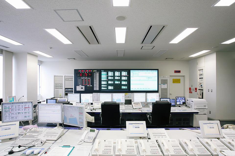 002-通信指令室