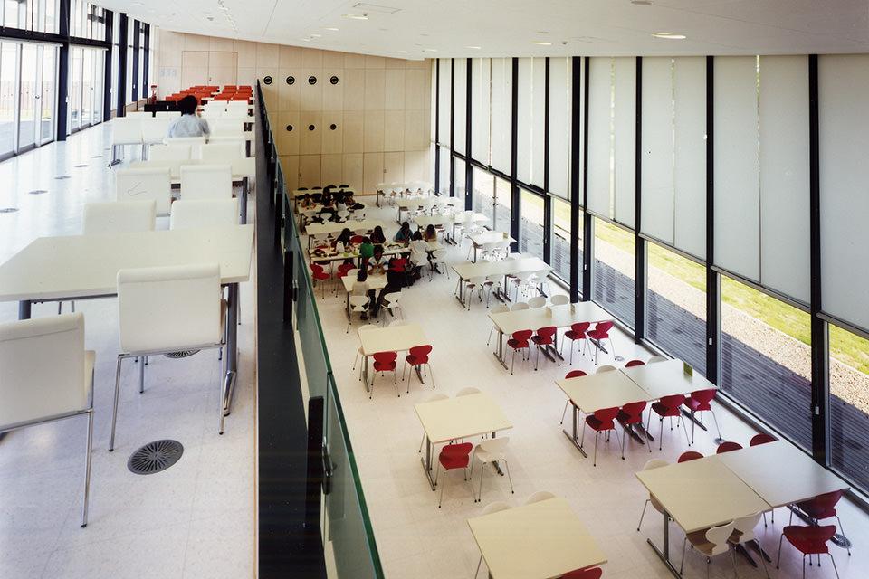 レストラン棟2階より1階012