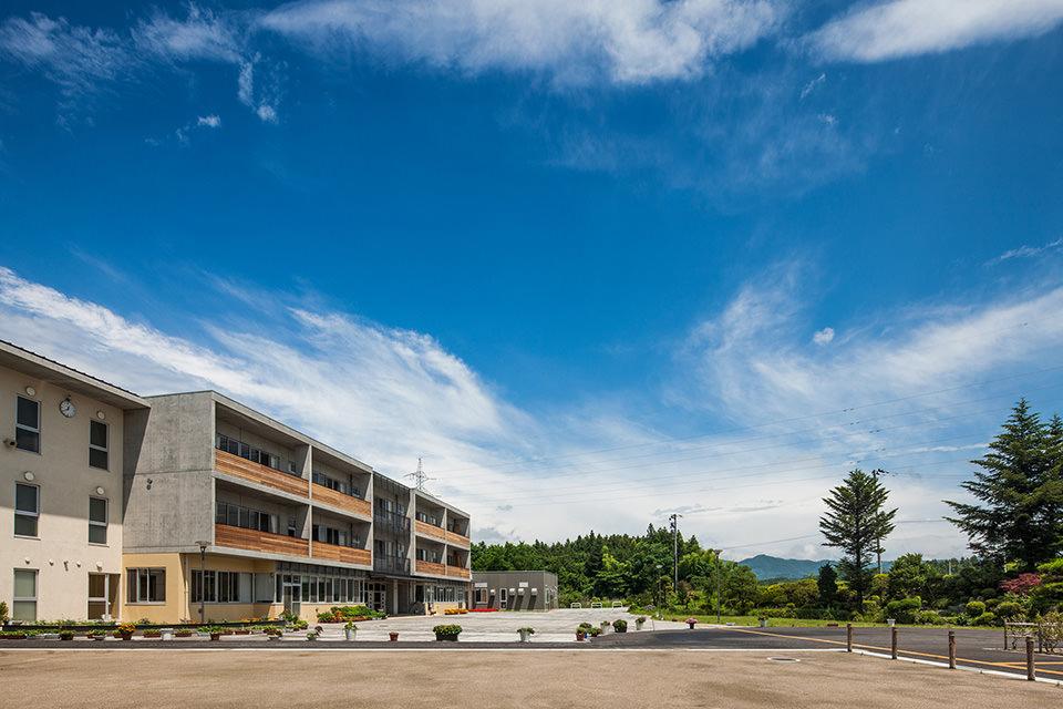 003-校舎・コミュニティプラザ・立志の庭