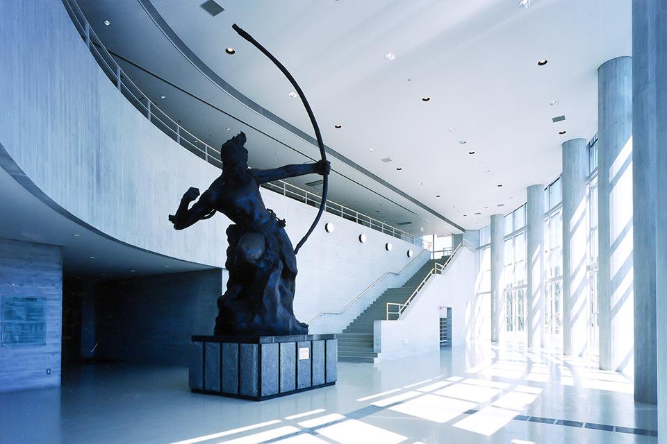 004-エントランスホール彫刻