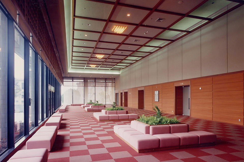 006-大ホールホワイエ