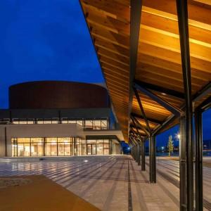 陸前高田市民文化会館「奇跡の一本松ホール」